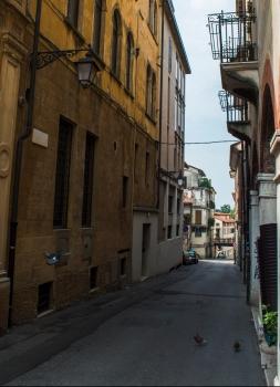 Via Portici Lunghi